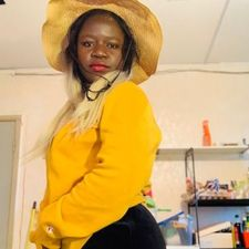 Meet Priscasahindo, 27 years old