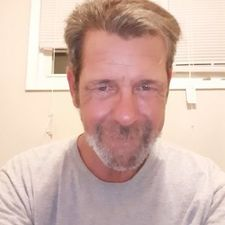 Date JamesKelly, 58 years old Man