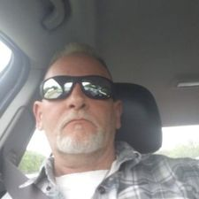 Date Onearmwhitey, 54 years old Man