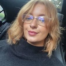 Date ESTHERQE, 39 years old Woman