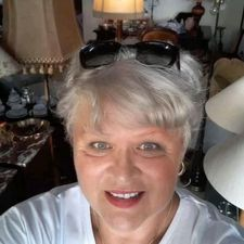 Meet Catherinemesso, 60 years old